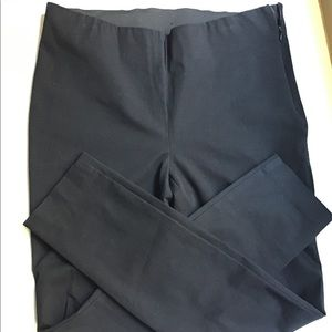 Cabi Size 6 Black Stretch Tapered Leg Ankle Pants